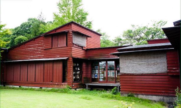 サマーハウス・軽井沢(1933)現:ペイネ美術館 アントニン・レーモンド