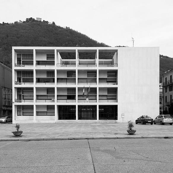 カサ・デル・ファッショ 建築家 ジュゼッペ・テラーニ
