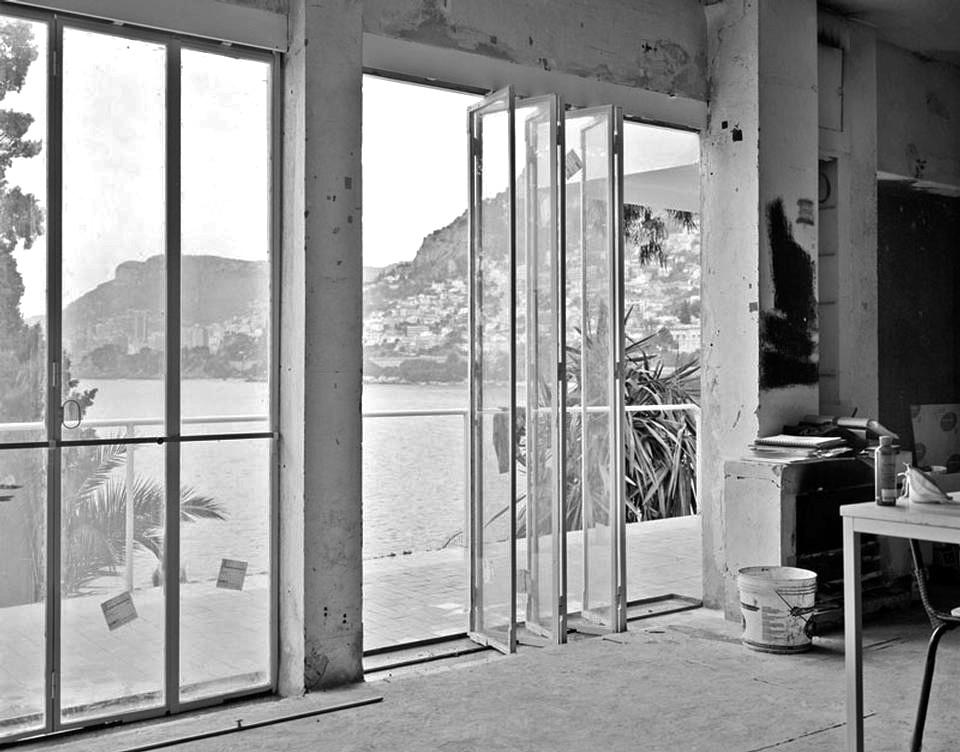 別荘E1027 建築家・プロダクトデザイナー アイリーン・グレイ