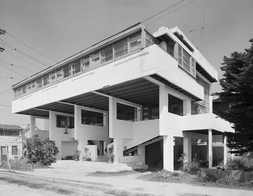 ローヴェル・ビーチ・ハウス 建築家 ルドルフ・シンドラー