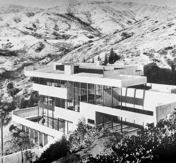 ローヴェル邸 建築家 リチャード・ノイトラ