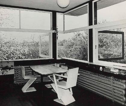 ジグザグチェア 建築家 ヘリット・リートフェルト