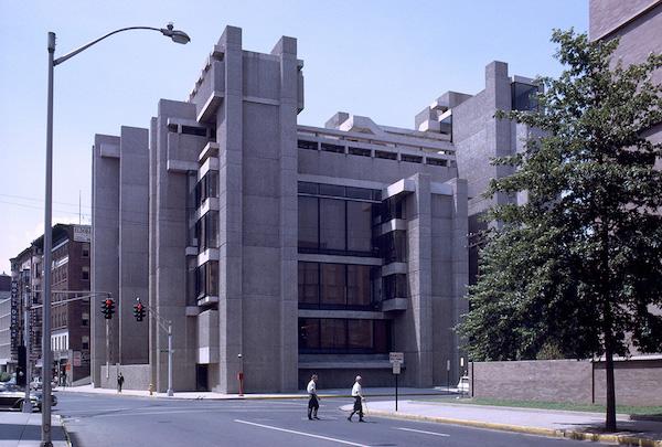 イエール大学美術建築学部 建築家 ポール・ルドルフ