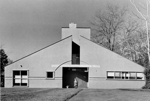 母の家 建築家 ロバート・ベンチューリ