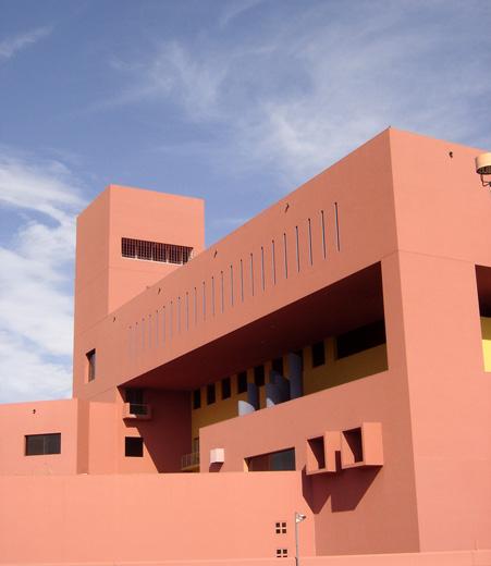 1995 サン・アントニオ公共図書館 建築家 リカルド・レゴレッタ