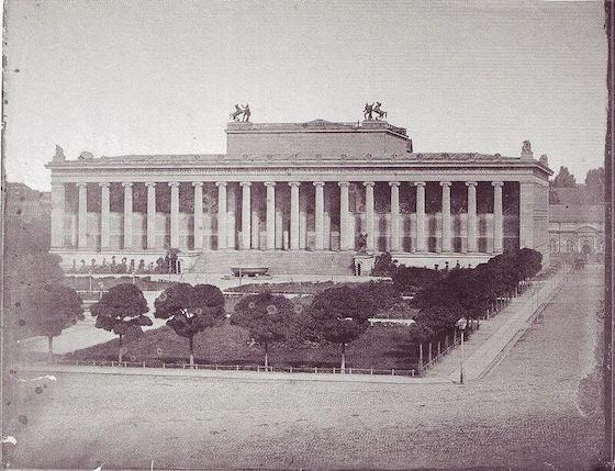1824-1828 アルテス・ムゼウム 建築家 カール・フリードリッヒ・シンケル