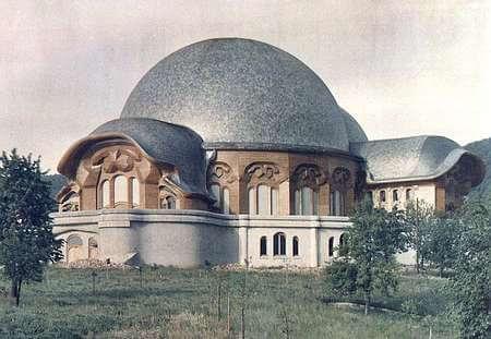 1922 ファースト・ゲーテアヌム 建築家 ルドルフ・シュタイナー