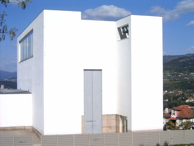 1989 マルコ・デ・カナヴェーゼスの教会 建築家 アルバロ・シザ