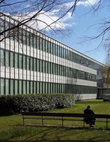 1956 ボロドオウア市庁舎 建築家 アルネ・ヤコブセン