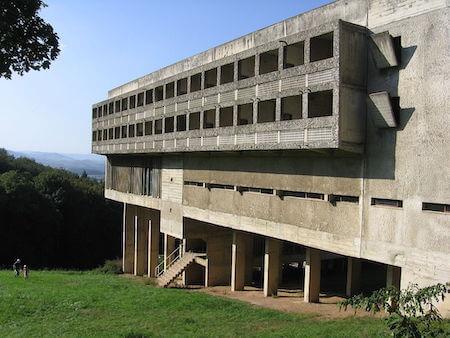 フランス観光 ラ・トゥーレット修道院(ル・コルビュジエ設計)
