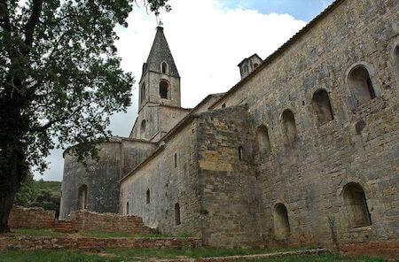 フランス観光 ル・トロネ修道院