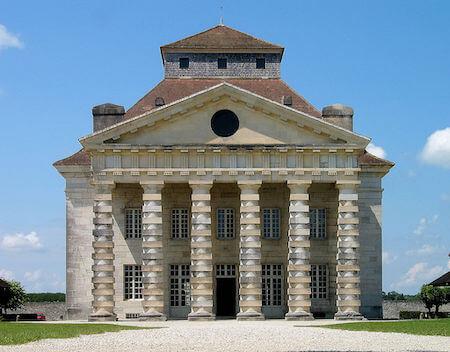 フランス観光 アル=ケ=スナンの王立製塩所(クロード・ニコラ・ルドゥー設計)